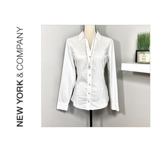 White Fitted Button Down Shirt by 7th Ave Sz M